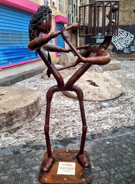 nuh-köklü-heykel